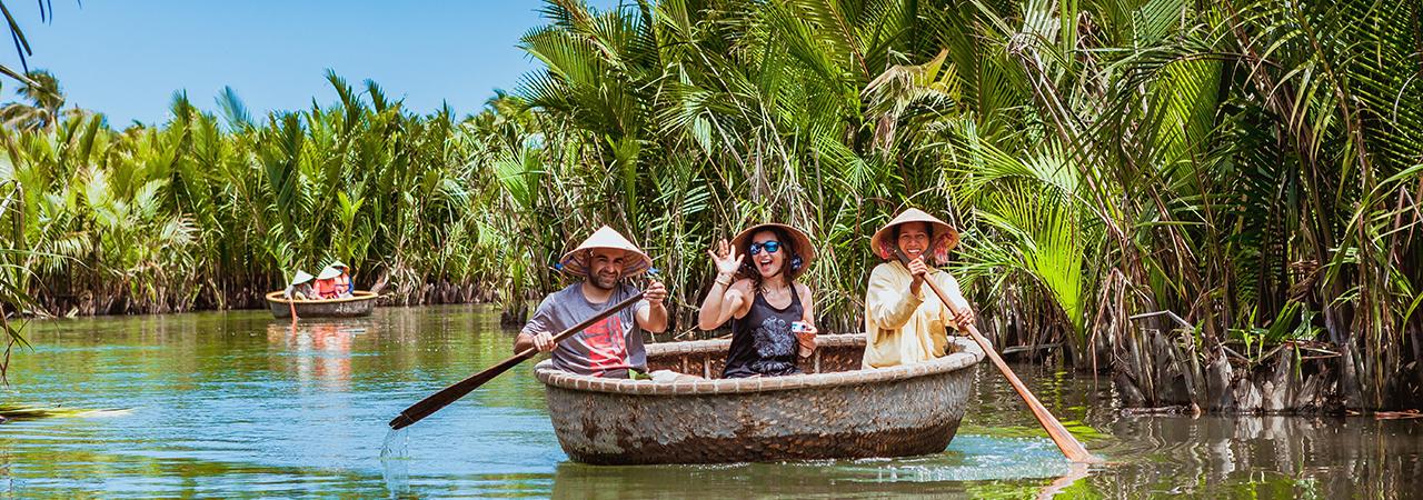Vietnam_Rung-dua